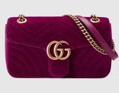 Gucci: 1390€