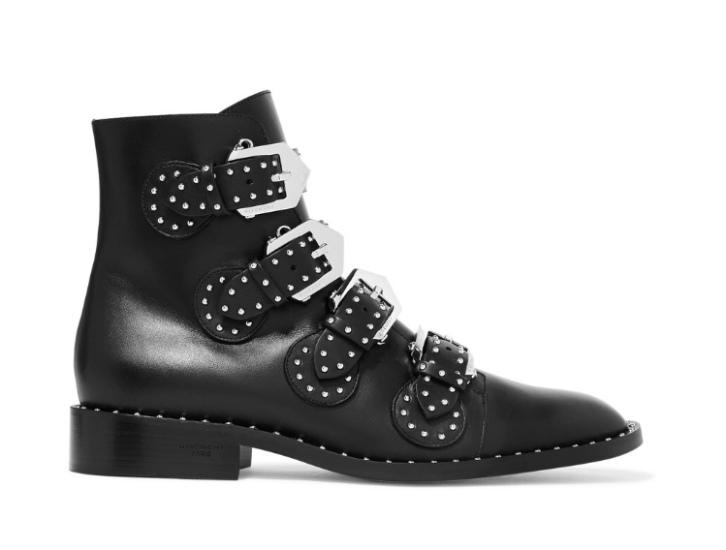 Givenchy: 1045€